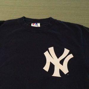 MLB NEW YORK YANKEES BASEBALL TEAM GOOD CONDITION
